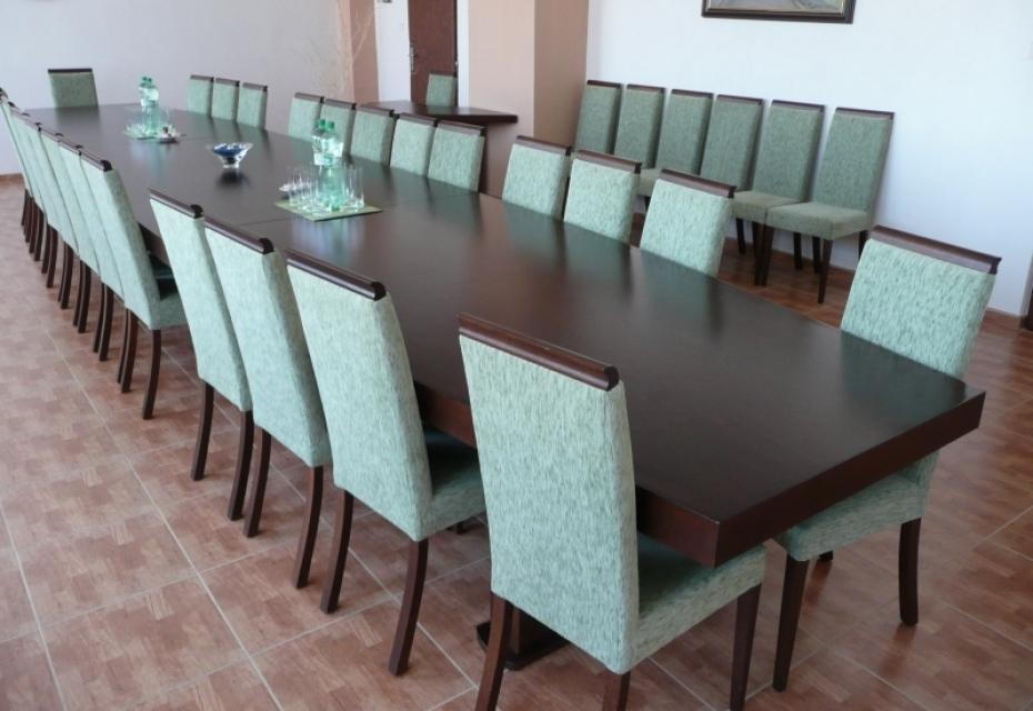Stôl rokovací ATYP